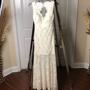 Laced long dress used